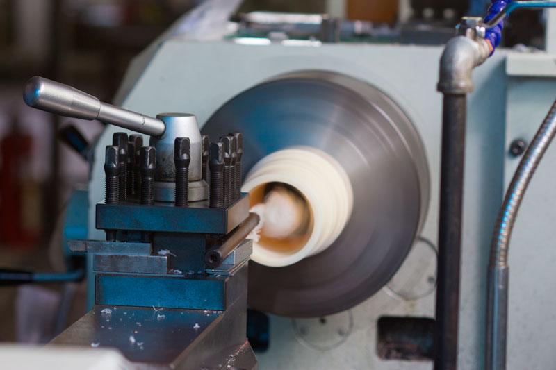 machining plastics manufacturing